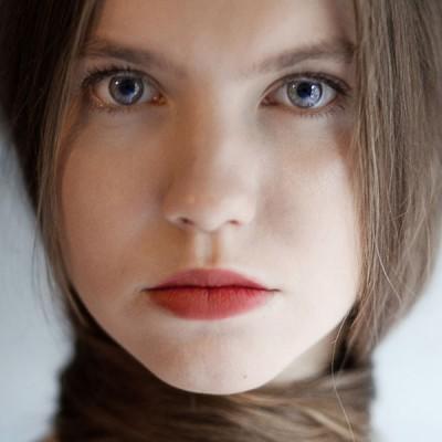 Portrait H