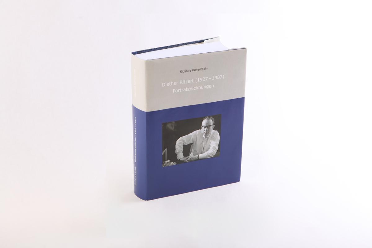 Umschlaglayout und typografische Umsetzung, Diether Ritzert von Dr. Sieglinde Hohenstein. Herausgeber: Europäische Verlagsanstalt (in Zusammenarbeit mit dem Stadtarchiv Rüsselsheim)